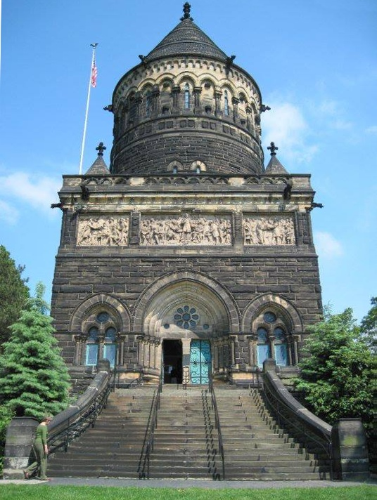 Garfield_Memorial_2013-09-14_17-58-11