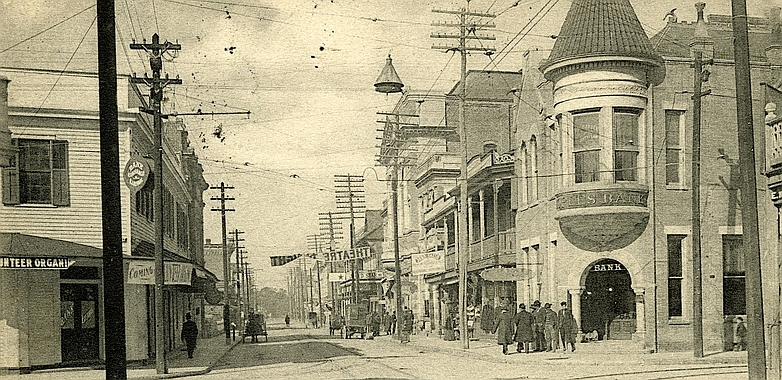 Howard_Street_Biloxi_Mississippi_1906